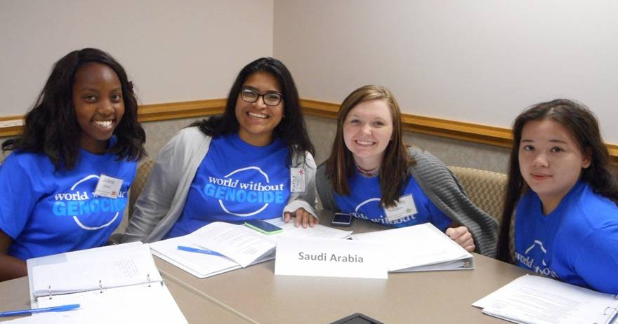 Students preparing the Saudi Arabia perspective for the Syria simulation.